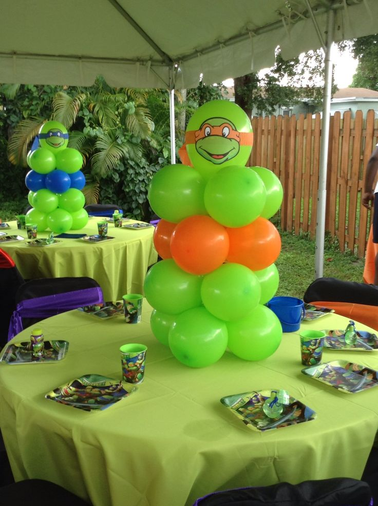 Teenage Mutant Ninja Turtles balloon centerpiece ... shellysdecor4you@gmail.com #Birthdays #BabyShowers #Graduations etc...