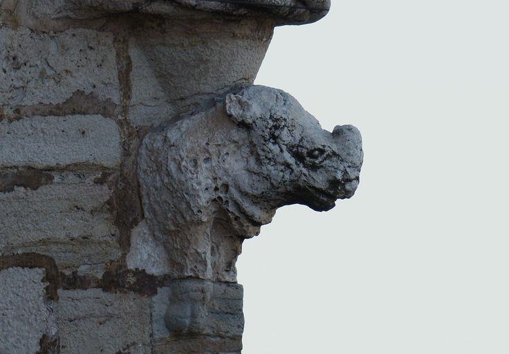 Joaquim Alves Gaspar - «Rinoceronte, detalhe da Torre de Belém, Lisboa». 2015.  Fotografia. Publicada em Wikimedia Commons