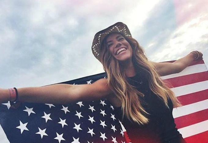 12 Things Only Total Country Concert Junkies Will Understand