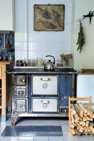 An old stove in the kitchen..