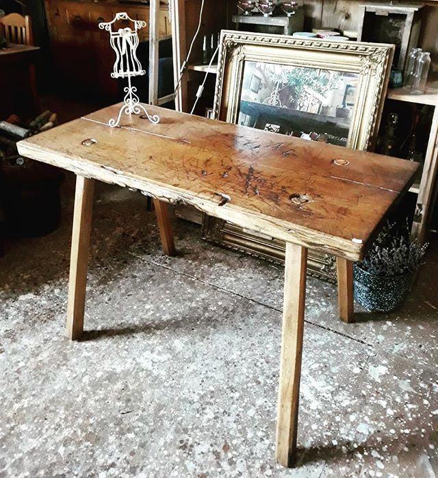 Denken Wir Minimalis Tisch Minimalism Tisch Table Minimalismus Antiqueshop Antiquitatenkaiser Altmitstil Furniture In 2020 Alte Mobel Tisch Schoner Wohnen