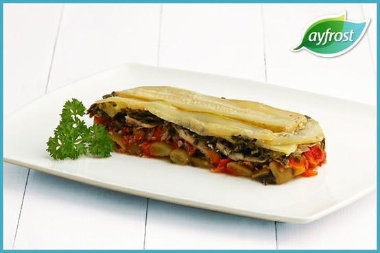 Hamsili Lazanya - #ayfrost #biber #domates #ispanak #sogan #tazefasulye #hamsifileto #tarif #dogal #tazedondurulmus #kullanimahazir #pratik #kolay #lezzetli #saglikli #tomato #pepper #spinach #onion #greenbeans #anchovyfillet #recipe #natural #freshfrozen #readytouse #easy #delicious #healthy
