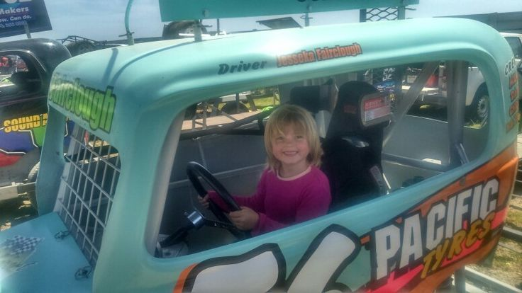 Daughter in 56s