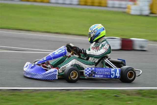 Save a speedy 60% on a 30 minute outdoor go-karting experience with Tamworth Karting