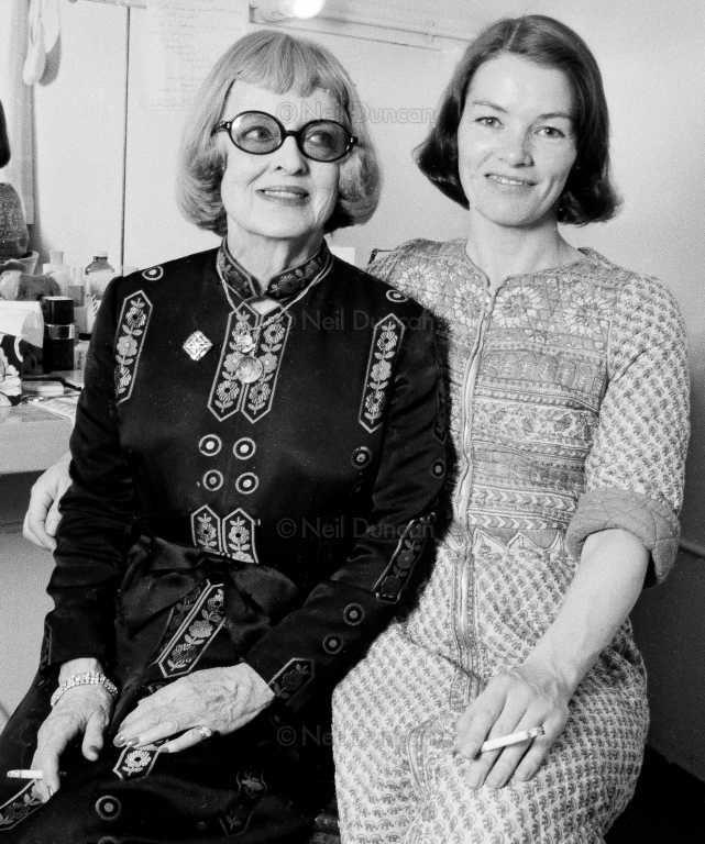 Glenda Jackson and Bette Davis