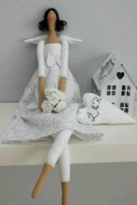 very pretty, tilda angel.....all in white.... great for bridal present!