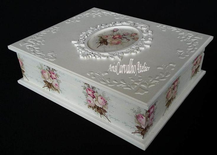 Caixa em mdf com decoupage floral