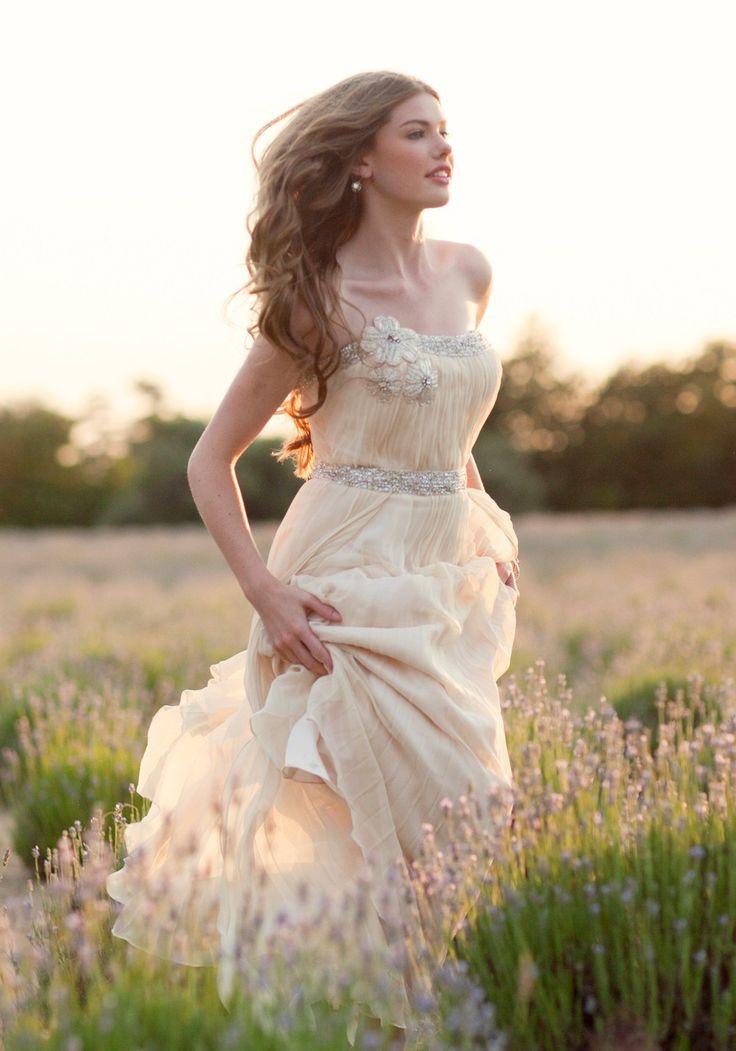 Abiti da sposa modello country