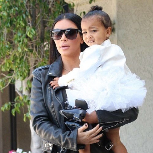 Aos 2 anos, filha de Kim Kardashian terá personal trainer