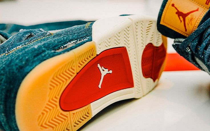 Levi's x Air Jordan