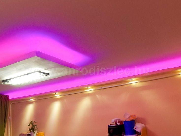 Pink vagy rózsaszín - jöhet minden mennyiségben!   Egy szuper vezérlővel egyszerűen kikeverhetjük ezt a gyönyörű színárnyalatot bármelyik RGB LED szalagon!