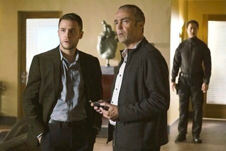 ain De Caestecker and @JohnHannah in a new still from 4x09, 'Broken Promises'. Episode airs on January 10, 2017. #AgentsofSHIELD