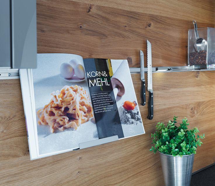 Cute Funktionsr ckwand System mit Kochbuchhalter und Magnetprofil von ewe K chen