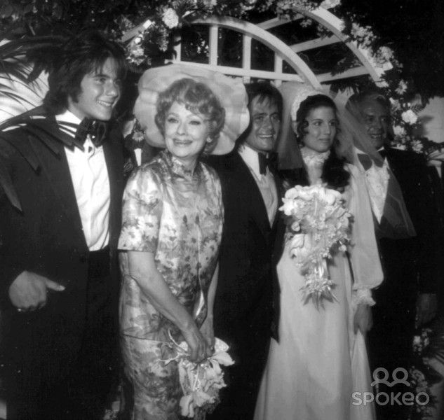 The Arnez family at the wedding of Lucie and Phil Vandervort in 1971
