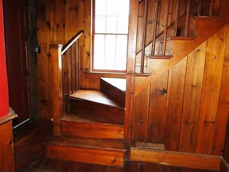 ... Traditional Interior Features, 6 Fireplaces, Pine Floors, Gunstock  Corners, Pumpkin Pine Paneling, Front And Back Staircases, Full Walk Up  Attic, ...
