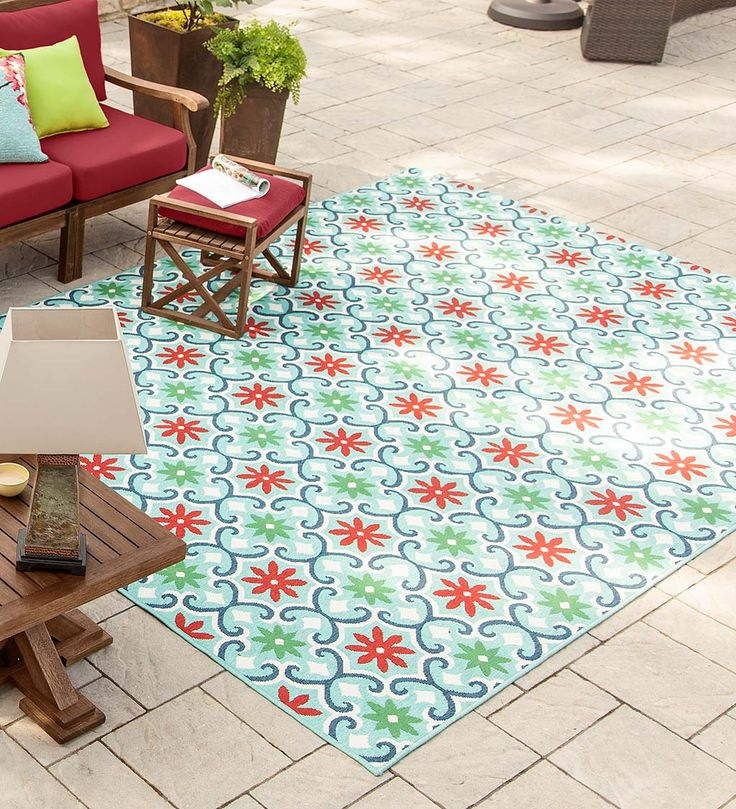 Update Any E With The Indoor Outdoor Lexington Fl Polypropylene Rug It Adds Fun