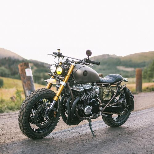 """caferacersofinstagram: """" Pinch and ZOOM on photos to get a closer look at the @caderrade from @twigs Honda Nighthawk built by @classifiedmoto. Sweet feature, cooler bike! . Photo by @kaycee_landsaw. . . . #croig #caferacersofinstagram #caferacer..."""