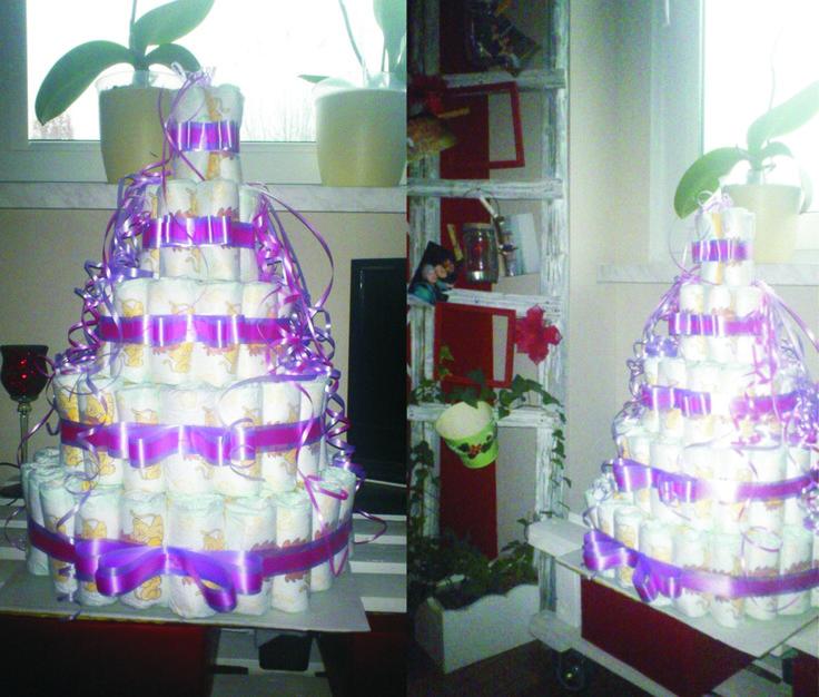 diaper cake for little Rose ;)