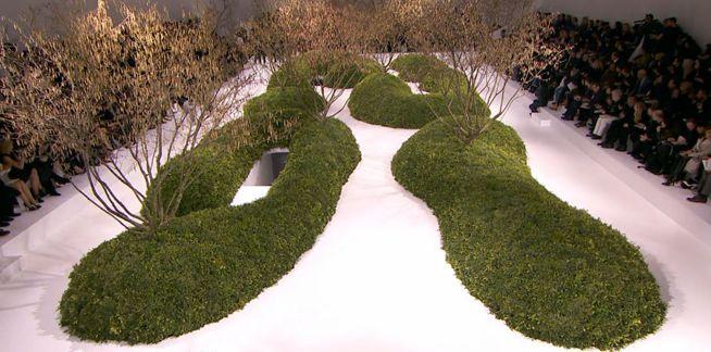 Christian dior haute couture fashion show parijs wirtz landschapsarchitectuur landscapes - Landscaping parijs ...