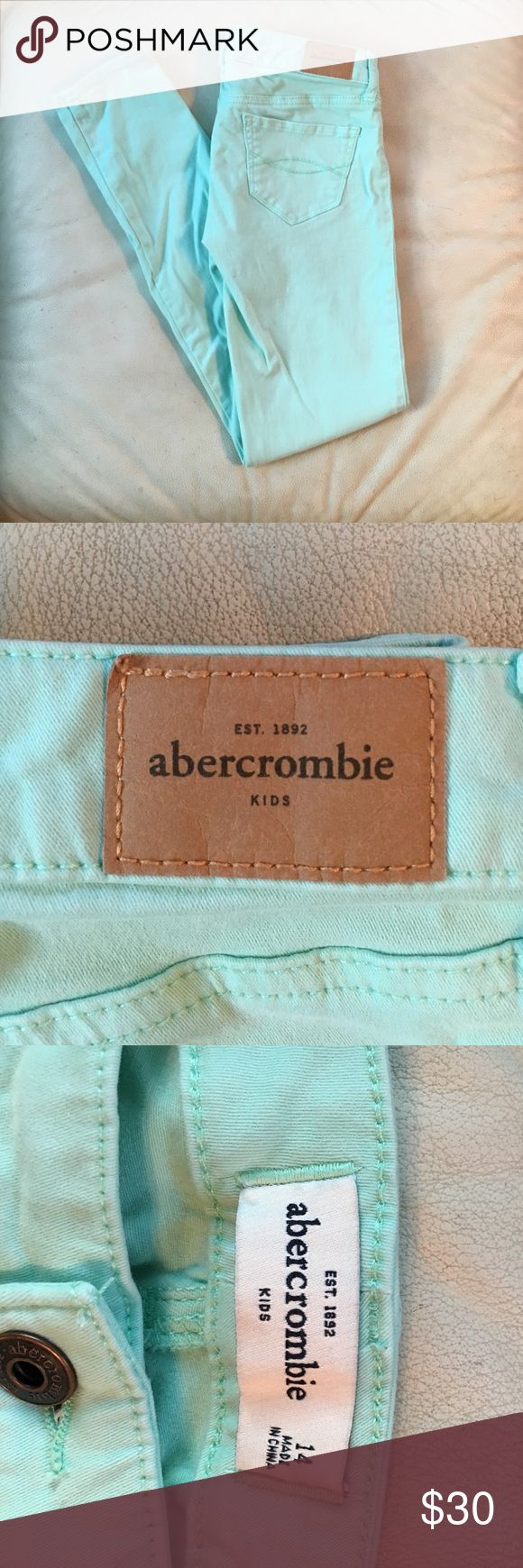Mint Green Abercrombie Kids Pants In good condition, comment any questions! Looking to get $30/OBO! 💚 abercrombie kids Bottoms Jeans