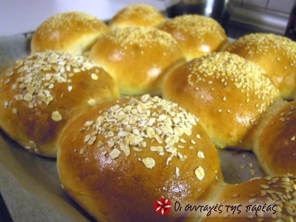 Αφράτα ψωμάκια για ό,τι θέλετε