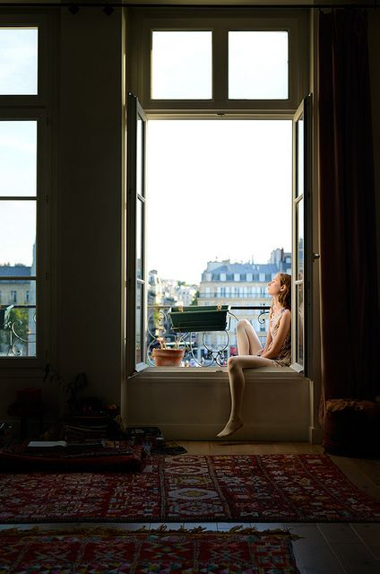 I want to live in a flat like this.  Sophia, Ile Saint-Louis by joe holmes, via Flickr