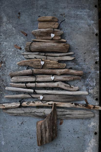 Upcycled wood Christmas tree... Sapin de Noël en bois récup'