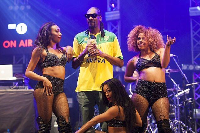 Snoop Dogg reveals himself to be a Norwich City FC fan | Soccer News 247