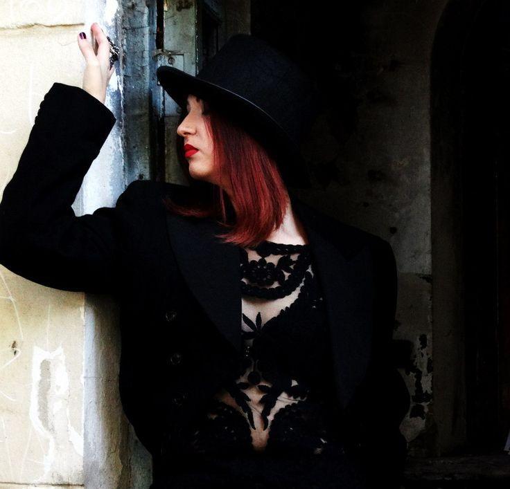 Old ๖ۣۜEngland  inspiration  black  hat tuxedo
