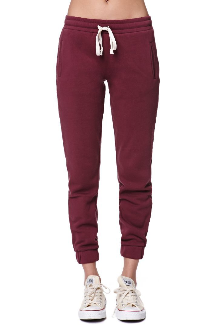 "The women's Fleece Fig Jogger Pants by LA Hearts for PacSun and PacSun.com offer a super soft fleece fabric with a comfortable drawstring waistband. We love wearing these cozy jogger with our basic tops and ankle boots!	High rise	10"" rise	31"" inseam	Measured from a size small	Model is wearing a small	Her Measurements: Height: 5'9"" Bust: 34"" Waist: 24"" Hips: 34""	60% cotton, 40% polyester	Machine washable	Imported"