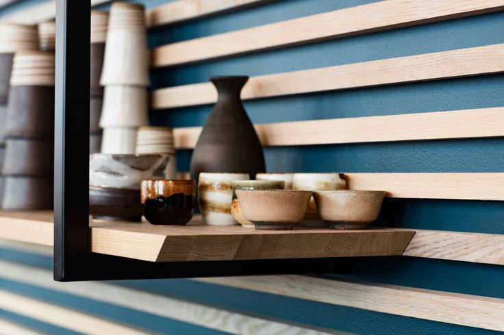 Karma Sushi, Aarhus, makes traditional, Japanese sushi with a Nordic touch, and therefore the interior design of the restaurant mixes Asian and Scandinavian aesthetics.