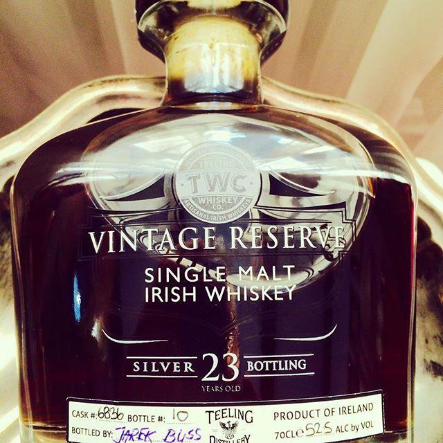#teeling #teelingwhiskey #irish #irishwhiskey #dublin #whiskey #singlemalt #singlecask #sherry #sherrycask #ireland #whiskylive #whiskylivewarsaw #whiskygram #whiskyfanclub #whiskyporn #sklepballantines  Bottle your own if you have a chance.....