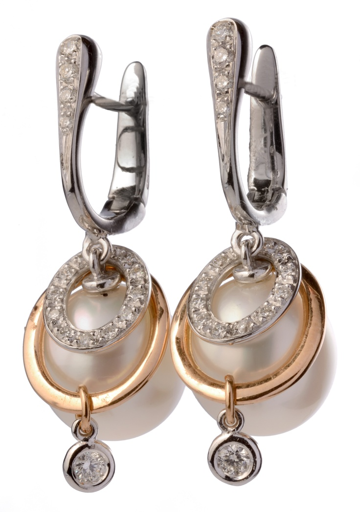 pearls and diamonds earrings