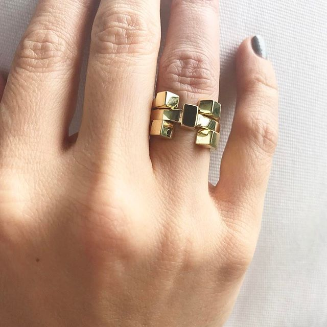 Stacking Cube rings