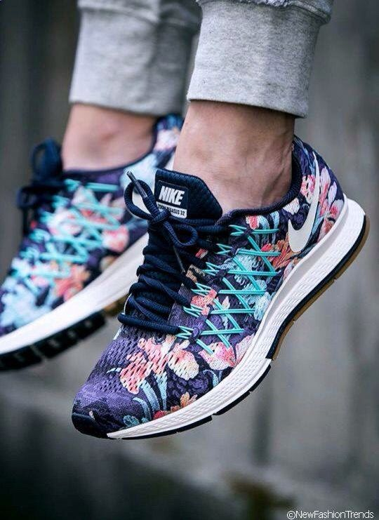 Sports Nike running shoes so beautiful and exquisite,click to come online shopping, Pinterest J_castanheira