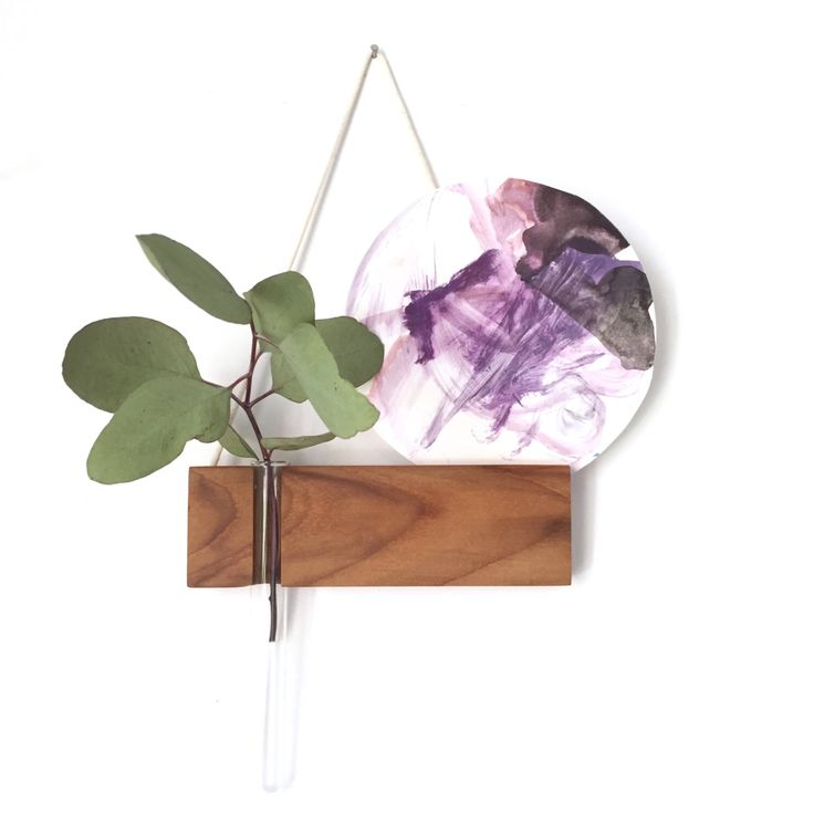 Hanging vase, hanging frame, photo frame, test tube vase, reclaimed wood, minimalist, wall vase by kirraleeandco on Etsy https://www.etsy.com/au/listing/270188861/hanging-vase-hanging-frame-photo-frame