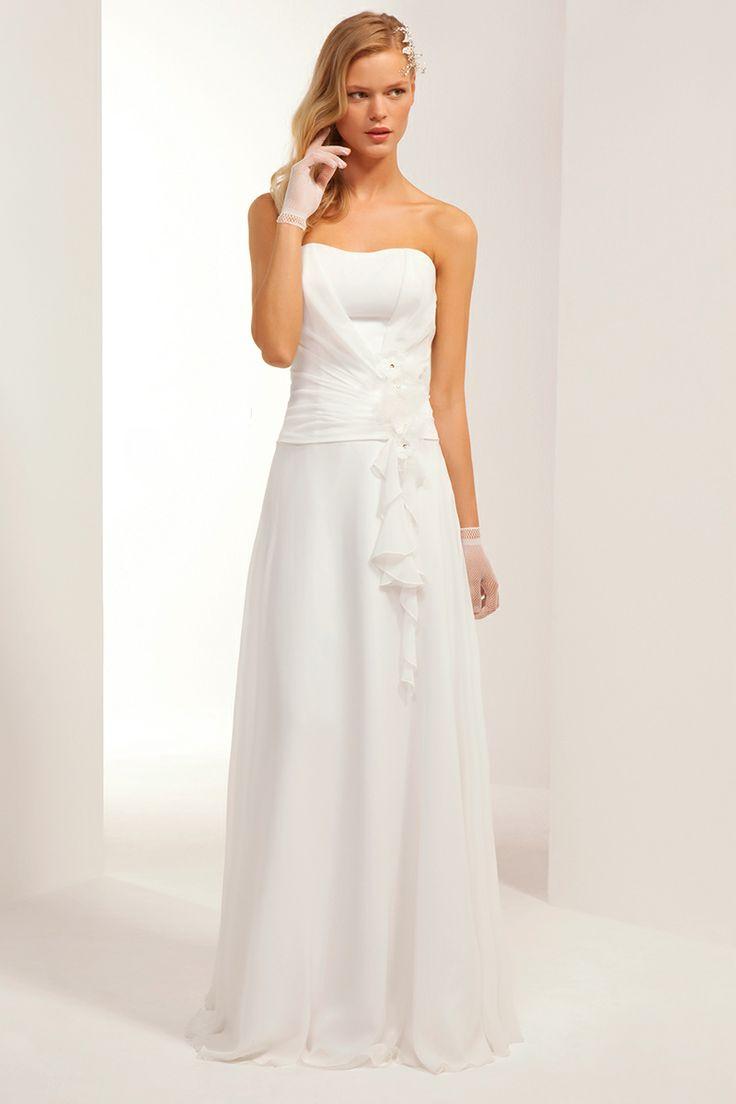 Idée robe de mariée avec Tati. Via eBuyClub, 3% remboursés : http://www.ebuyclub.com/FenetrePartenaire2.jsp?part=2642&trckpro=Pinterest_partage