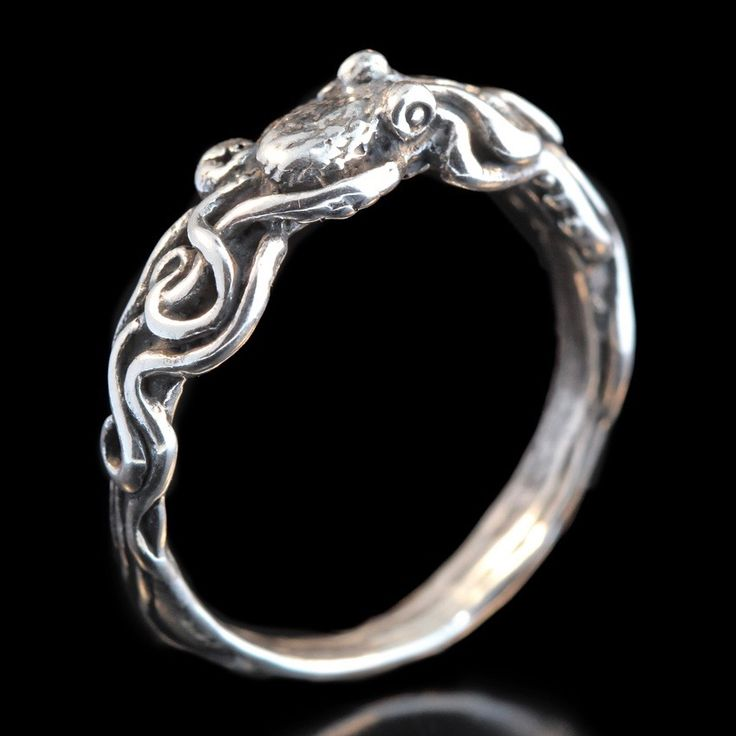 Tentacle Twist Octopus Ring