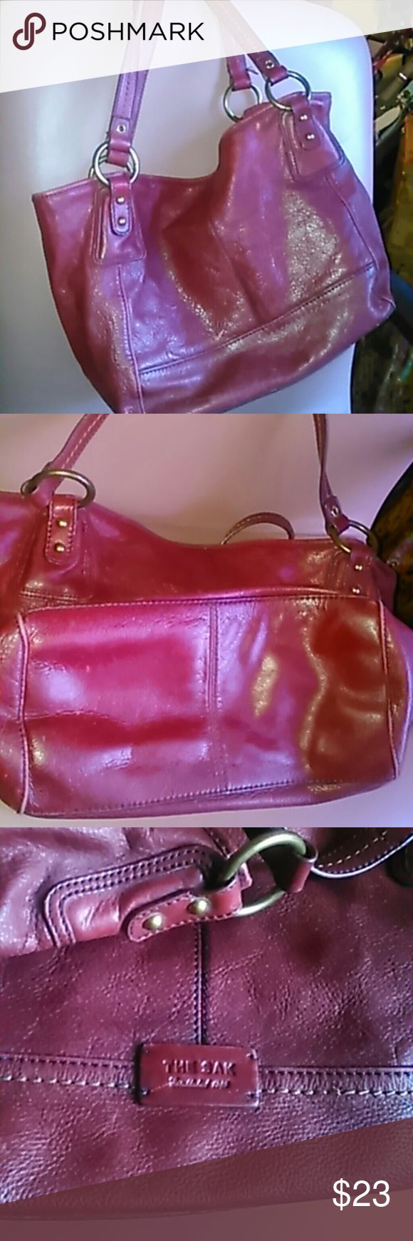 "The Sak maroon leather purse floral lining 10 x 17 X 6"", pre-owned, no damages, wash before use. The Sak  Bags Shoulder Bags"