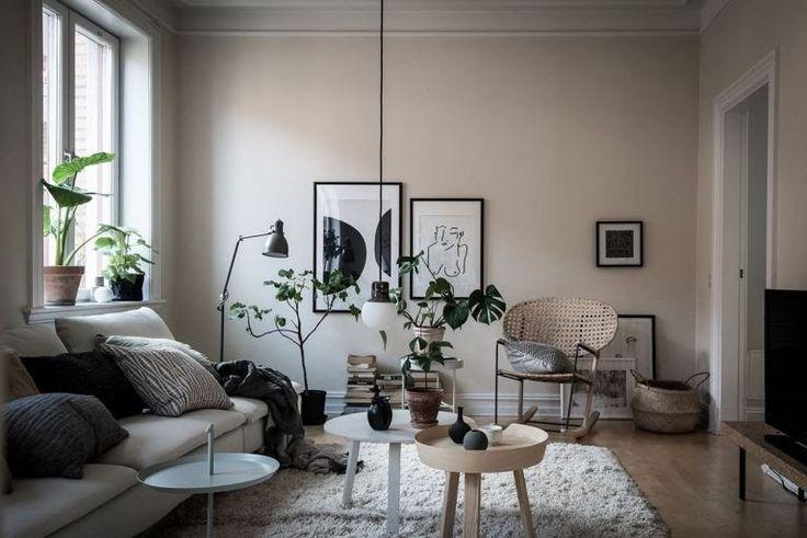 Living room in beige - via Coco Lapine Design