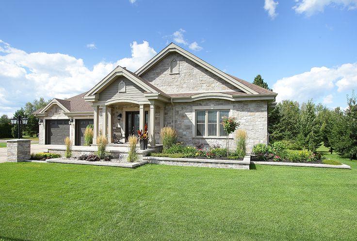 Confiez la fa ade de votre maison une quipe de professionnels passionn s une autre for Amenagement paysager moderne