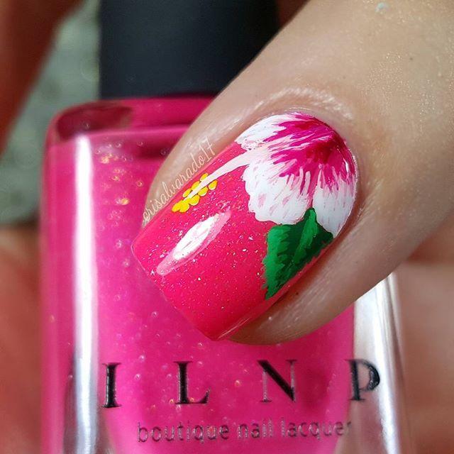 Hibiscus Nails by @crisalvarado17 #hibiscusnails #flowernails