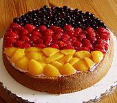 Eat a slice of Germany! Deutschlandkuchen auf Biskuitboden (Rezept mit Bild) | Chefkoch.de repinned by www.gorara.com