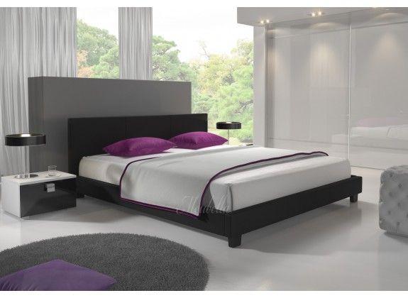 Design George tweepersoons kunstleren bed. Door het strakke design van bed George is dit model voor bijna elke slaapkamer geschikt. Bed George is leverbaar in de kleur zwart. De lattenbodem wordt er standaard bij geleverd. Het hoofdbord, voetenbord, zijkanten en de lattenbodem zijn apart verpakt en hierdoor is het bed gemakkelijk naar boven te plaatsen. De afmeting is 180x200. https://www.meubella.nl/slaapkamer/bedden/tweepersoonsbedden/bed-george-zwart-180x200.html