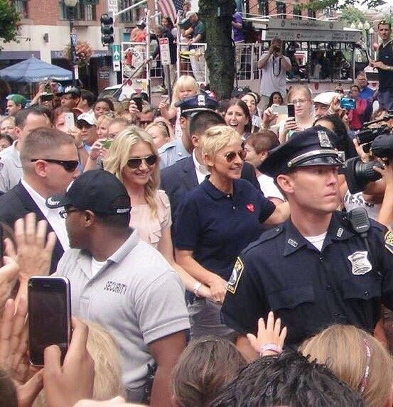 Here is anti-gun Ellen Degeneres on an outing today with her wife surrounded by a detail of armed security!