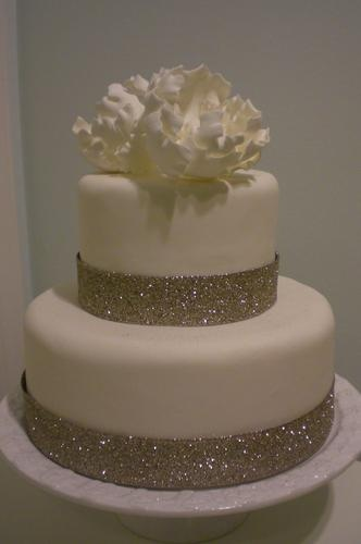 Rachel and jun wedding cakes