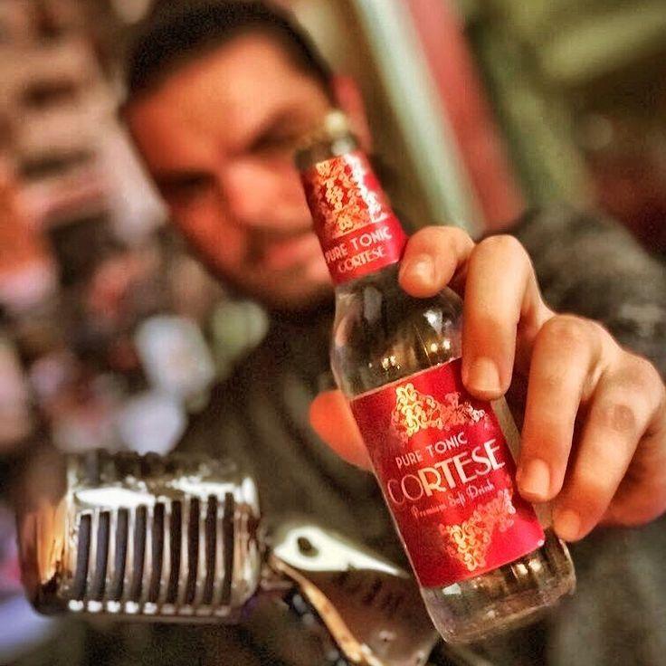 Be Cortese! #bevandefuturiste #mixology #cortese #scortese #aventura #bartender #cocktails #igers #instagood #photooftheday #bebidas #softdrinks #bio #organic #enjoy #smile #rock #music #barista #gintonic #nature #otoño #winner #love #friends  #madeinitaly @patxivillegas @bevande_futuriste @jossiebf @atlantidarock @geococktail