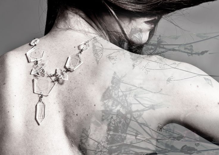 EsTemporary by Silvia Piantini - Geometry and diamonds collection - Clear diamonds collier - http://www.estemporary.com/gallery/past_collections/2_geometry_and_diamonds