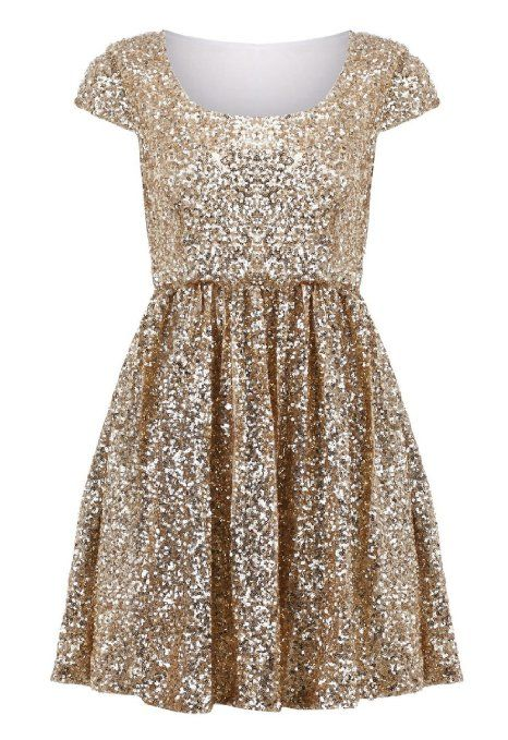Love this gorgeous sparkly bridesmaid dress! It's perfect for a sparkly gold wedding theme.