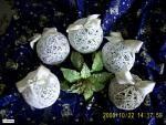 vianočné gulky z nití